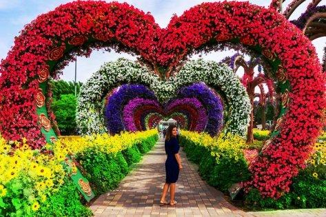 Dubai Miracle Garden and Global Village Shopping Tour 2021