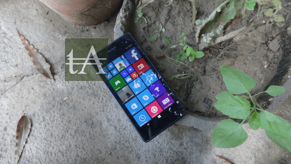 Microsoft Lumia 540 Live Tiles