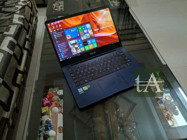 Asus ZenBook UX430 Top