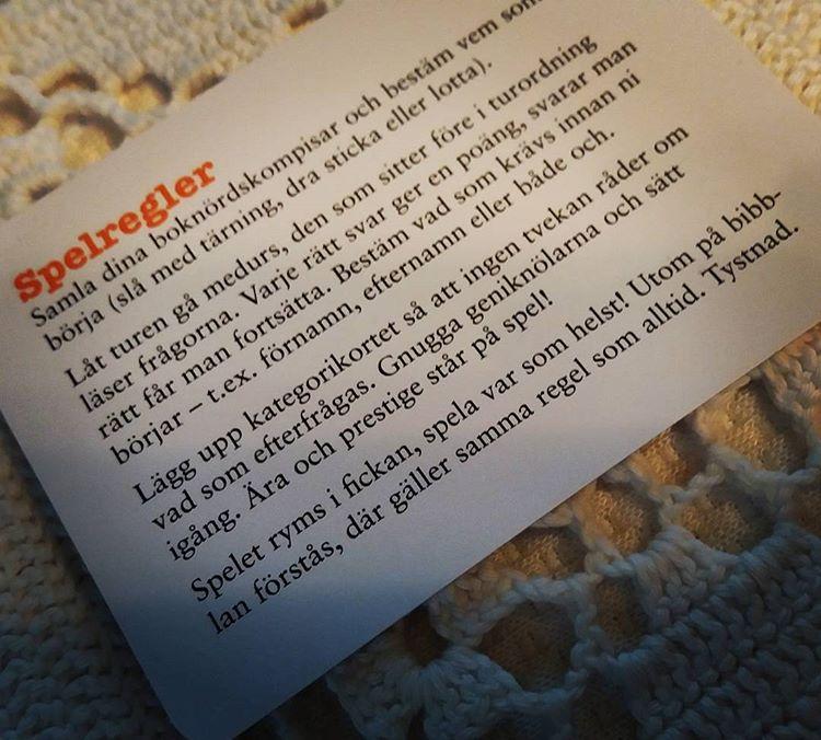 Alltså jag skulle älska om folk satt och spelade Boknörd på bibblan. Eller vad säger du @anitahoglund ? #bibliotek #fördomar