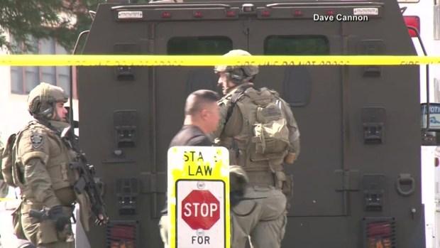 Centro de veteranos bajo encierro tras disparos