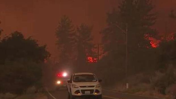 Incendio Forestal arrasa en Inland Empire