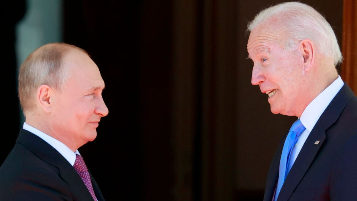 Biden: Consequences will be devastating for Russia if Navalni dies