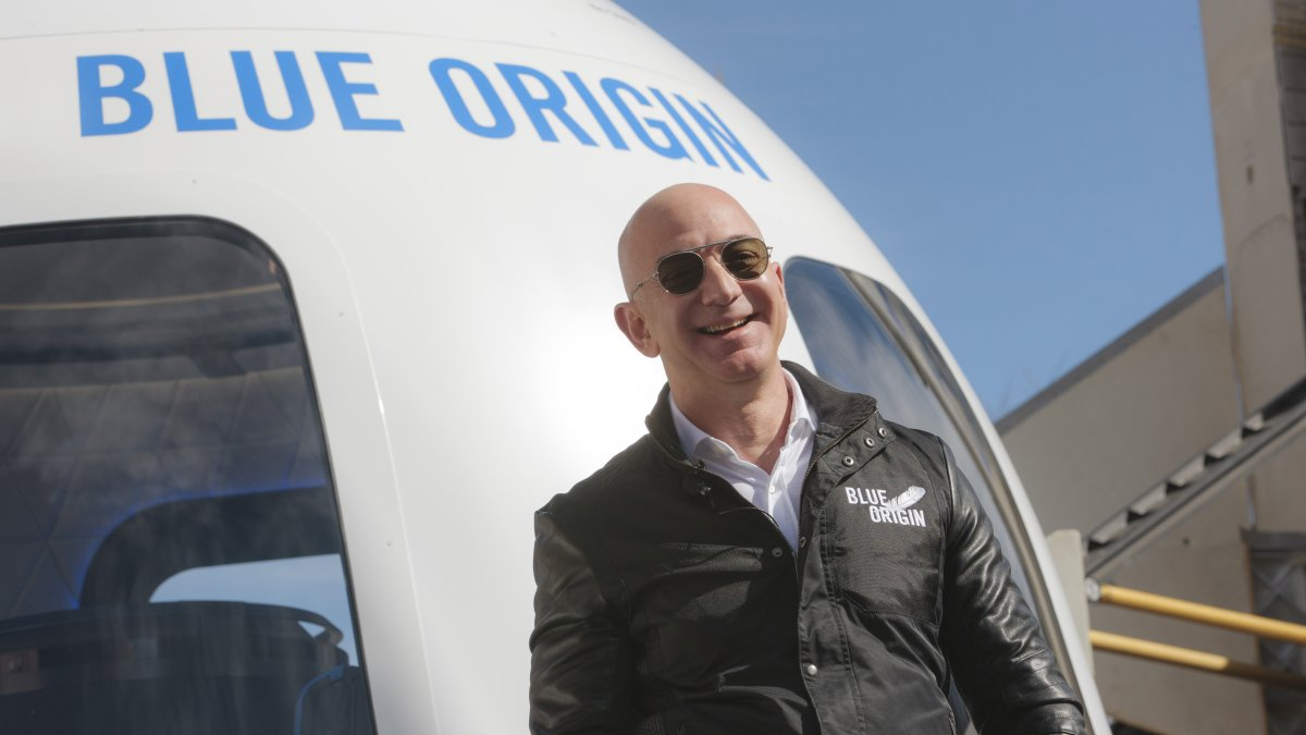 Jeff Bezos to go into space on his rocket's first manned trip in July
