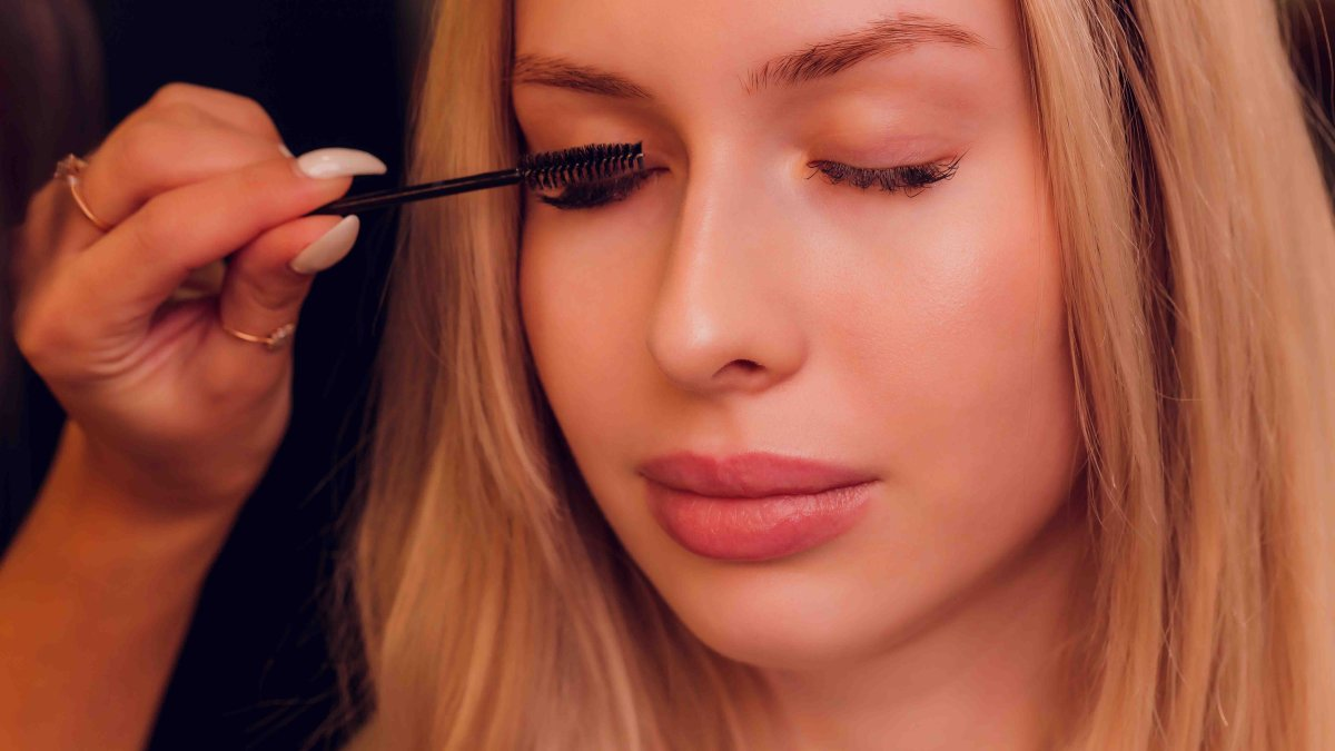Makeup in the US and Canada could contain Toxic chemicals