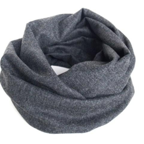 Dark grey woolen tube scarf – disponible sur l'e-boutique Dawanda