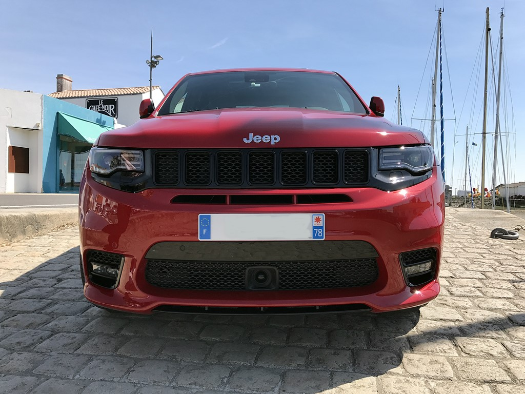 jeep grand cherokee srt vue avant