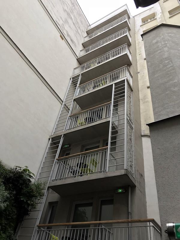 balcons immeuble principal