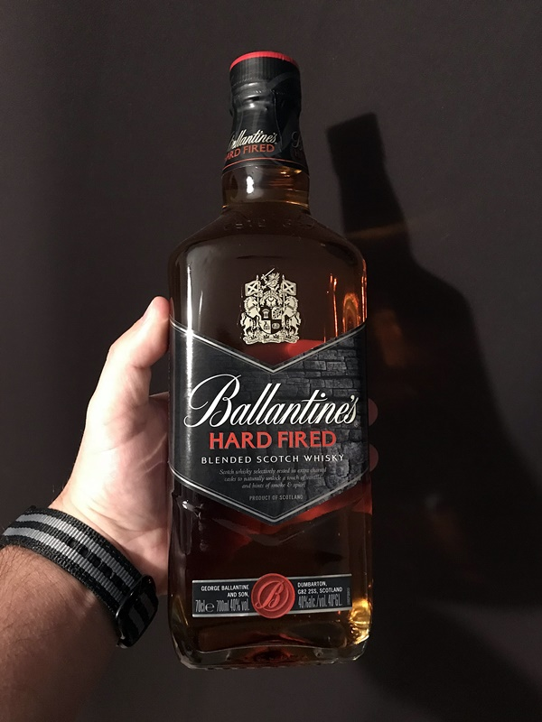 Ballantine's Hard Fired bouteille