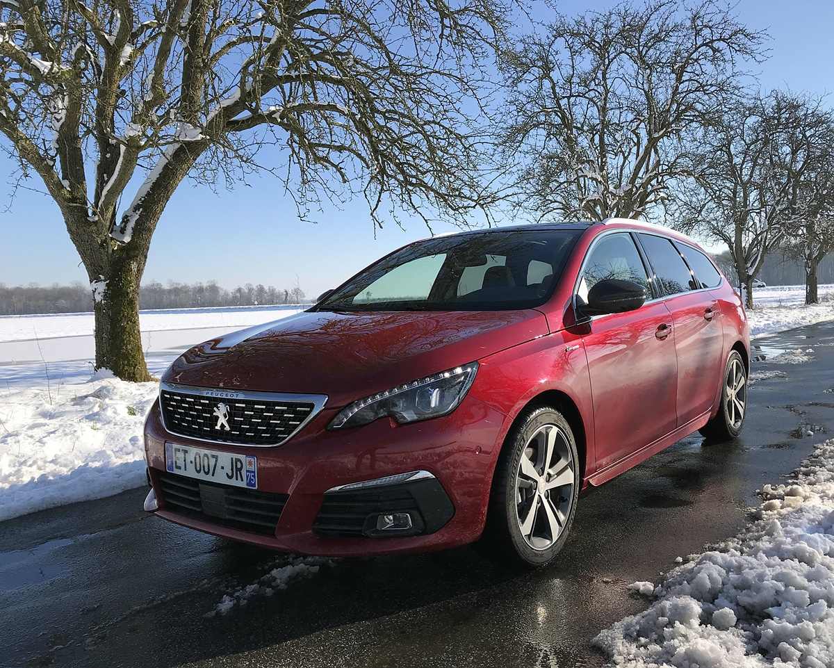 Peugeot 308 sw rouge ultimate eat8