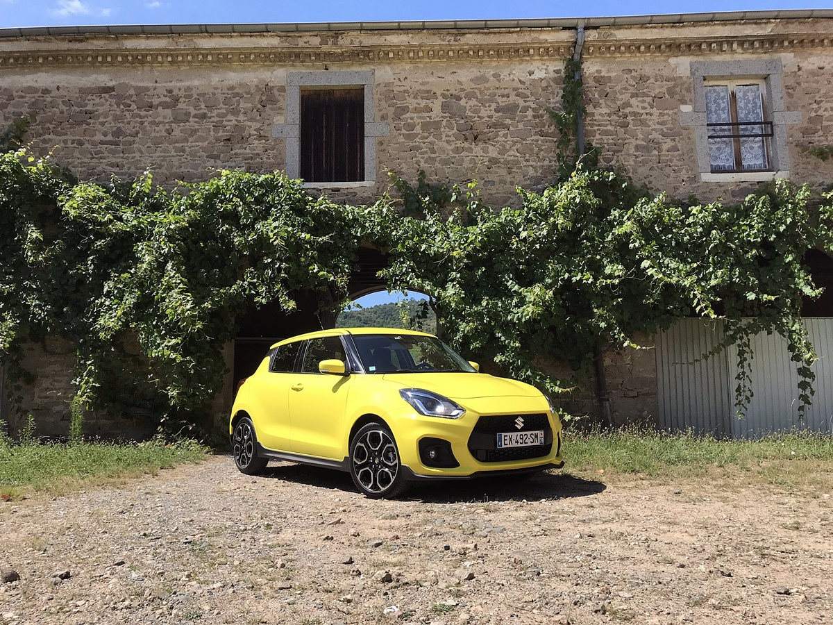 suzuki swift sport jaune champion