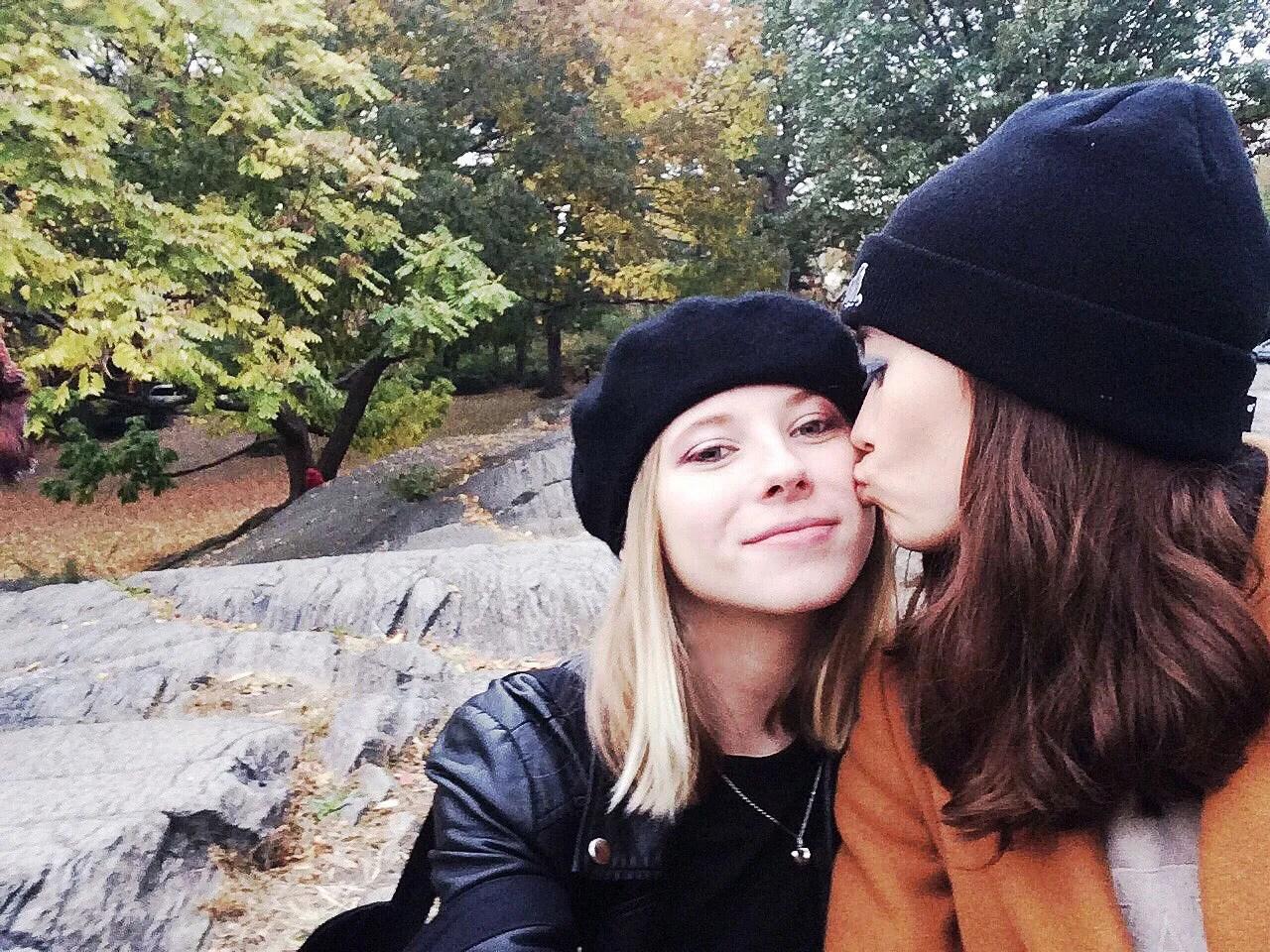 lesbian erotic stories tumblr