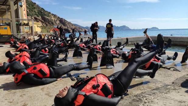 Bajo el agua no se admiten fallos: buceadores militares españoles, sacrificio y precisión en un entorno hostil 1