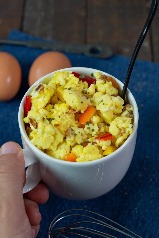 microwave scrambled eggs in a mug