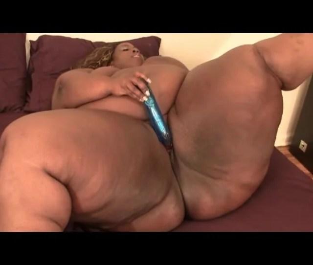 Black Bbw Shakes Her Fat Ass Around On Camera