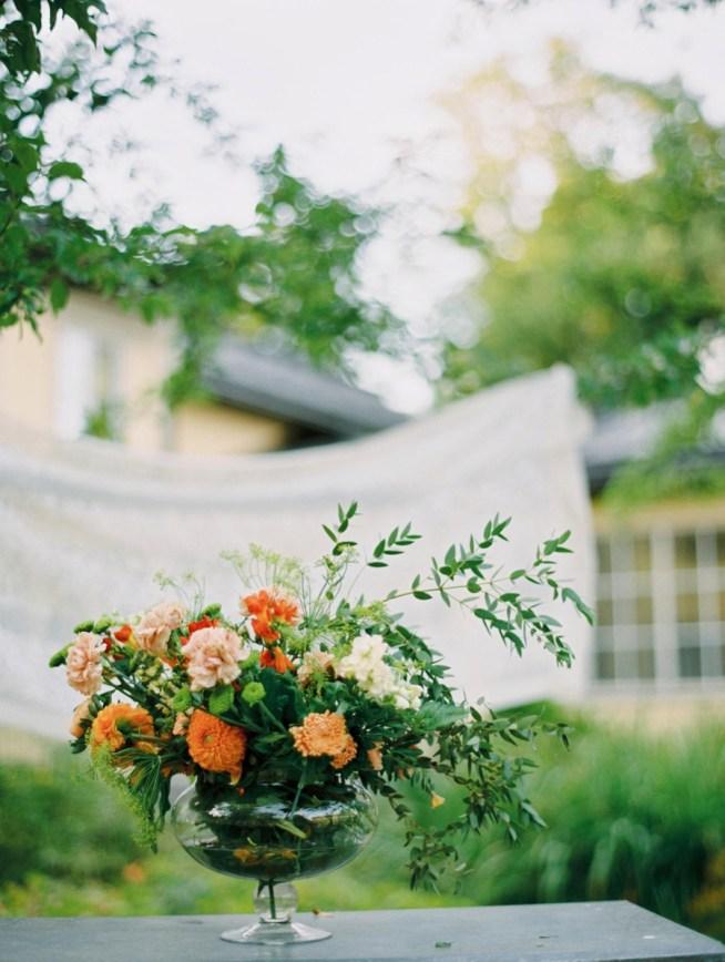 Ristik bröllopsstyling på blommor