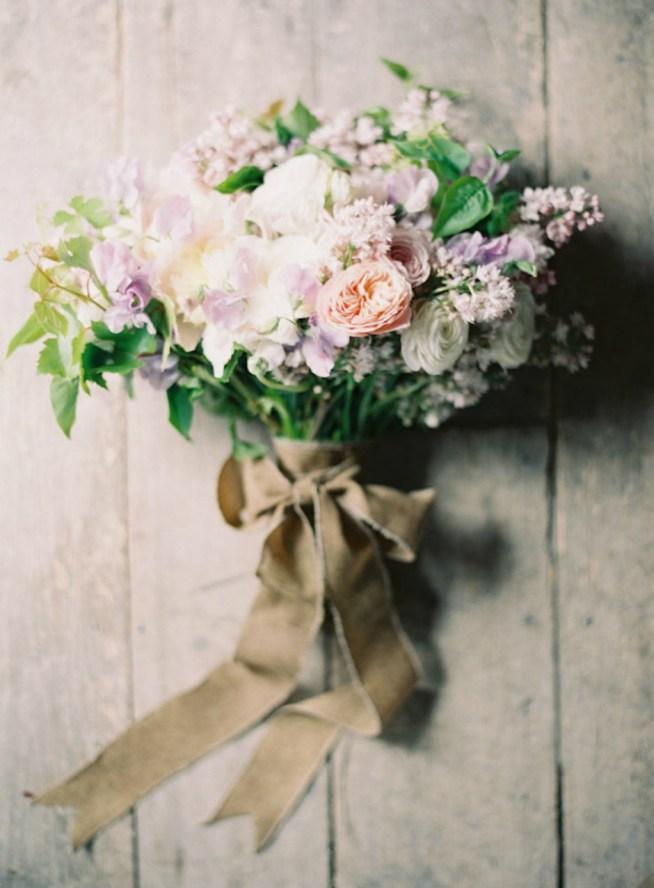 guldglimrande vårbröllop