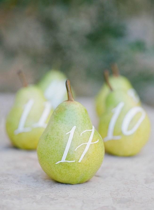 frukt som bordsnummer till bröllop
