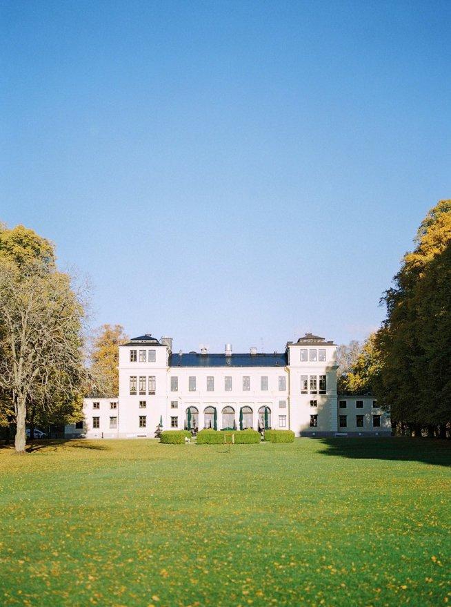 Höst på Rånäs Slott fotograferat av 2 Brides Photography