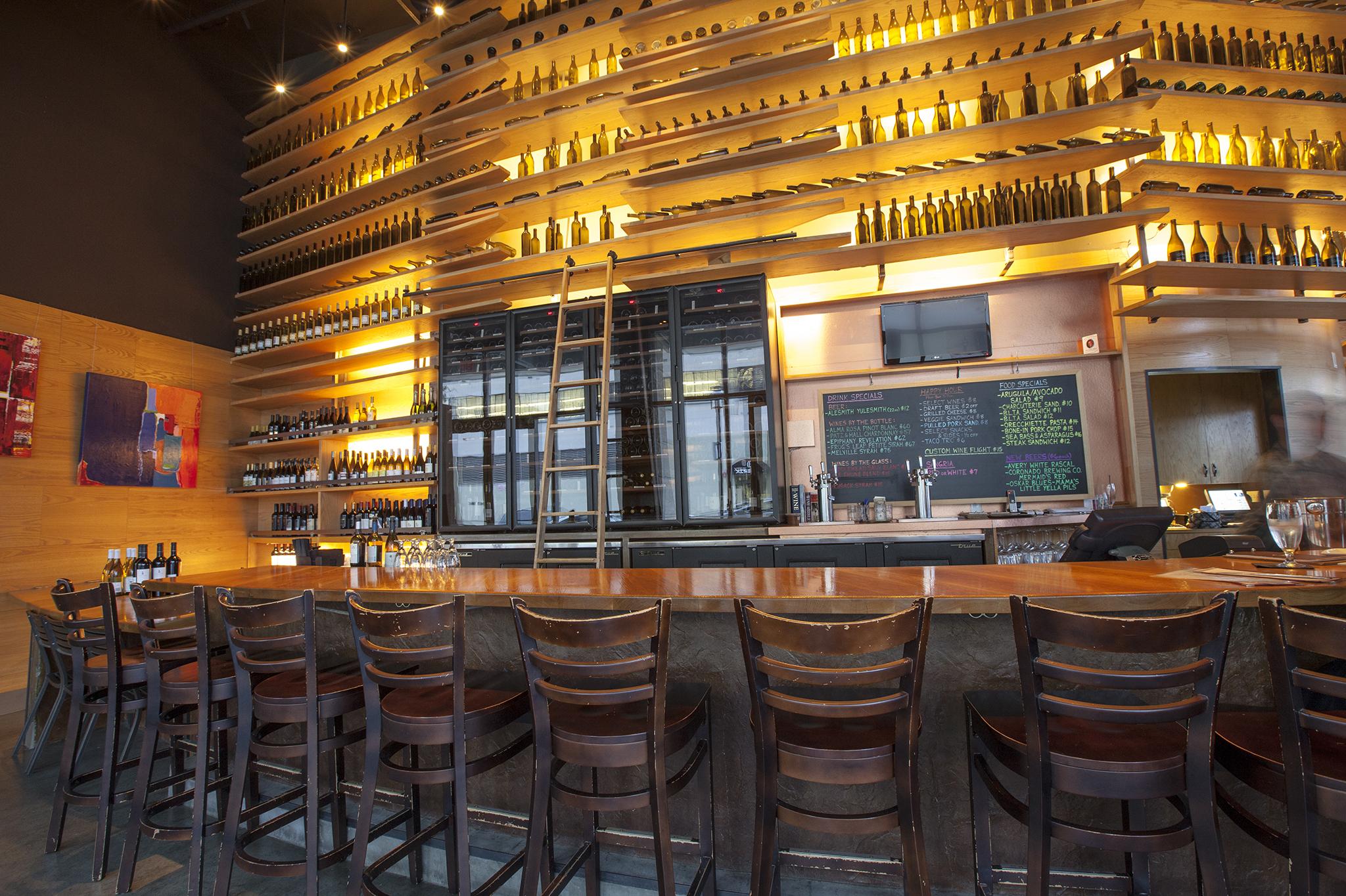 Los Angeles Bars, Reviews & Bar Events