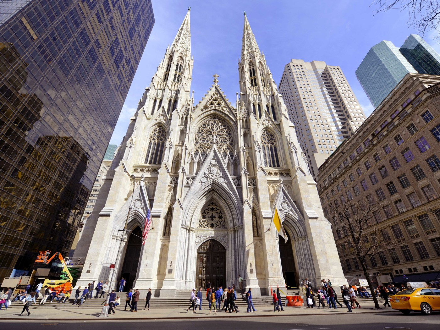 St. Patrick's Cathedral is live-streaming a service for Easter