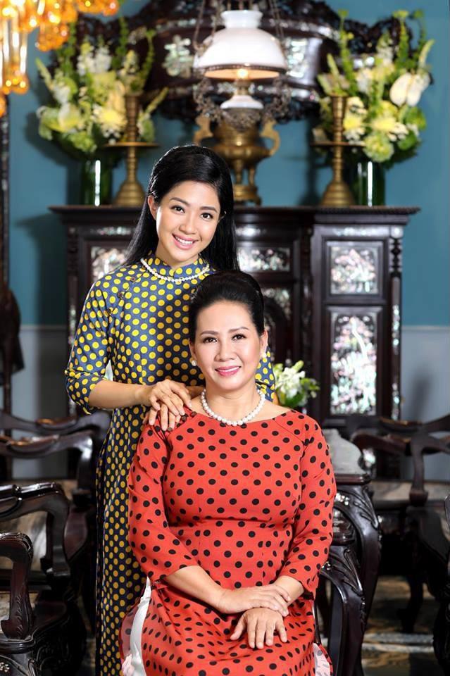 Hình ảnh Nữ doanh nhân làm mẹ đơn thân dạy con gái: Đừng để mình phá sản vì cố làm ra vẻ giàu có số 3