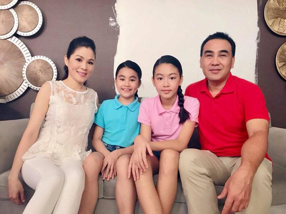 Vợ MC Quyền Linh chia sẻ khoảnh khắc hiếm thấy trong đám cưới 14 năm trước 3