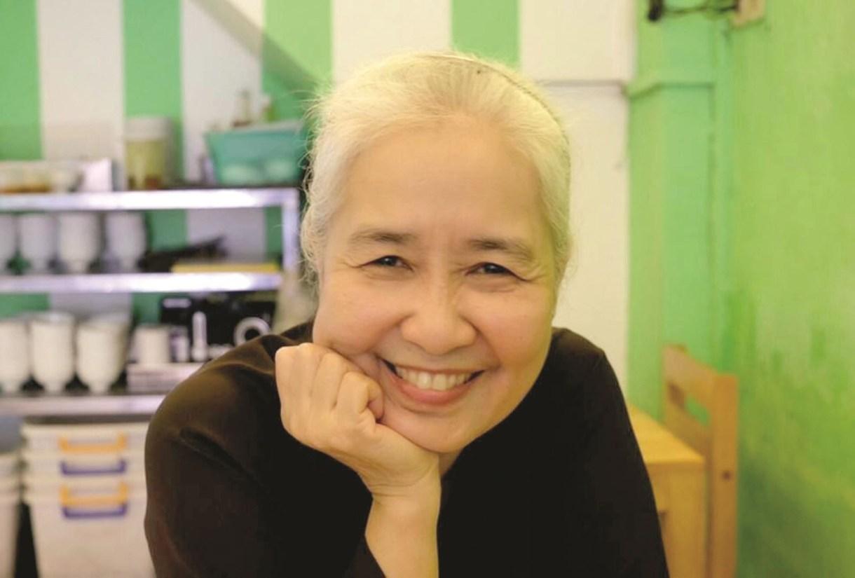 Những điều ít biết chuyên gia ẩm thực Nguyễn Dzoãn Cẩm Vân - người vừa xuống tóc quy y 2