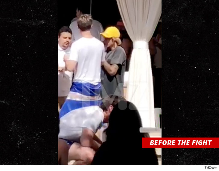 https://i2.wp.com/media.tmz.com/2018/04/15/0415-justin-bieber-at-coachella-party-tmz-4.jpg?w=1060&ssl=1