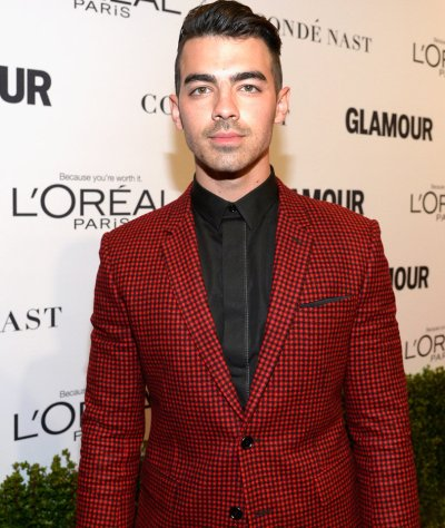 Joe Jonas Says He's Into S&M, Reveals What Gay Fans DM Him ...