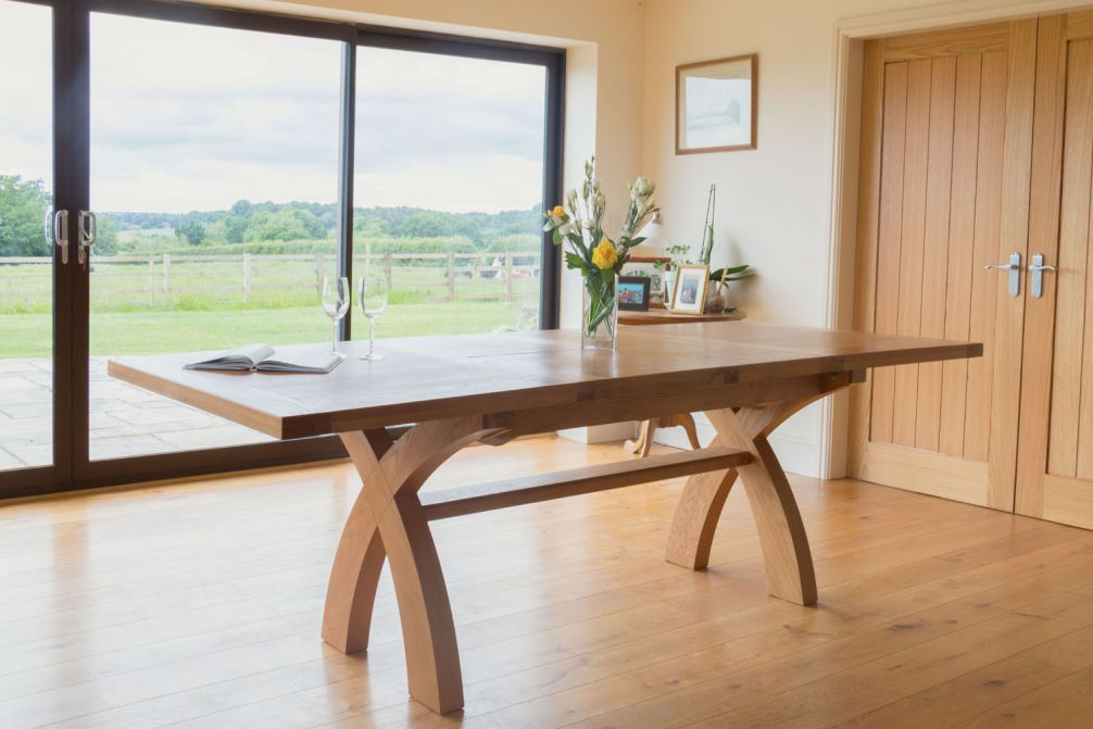 Large Cross Leg Extending 10 Seater Oak Dining Table Free Delivery Top Furniture