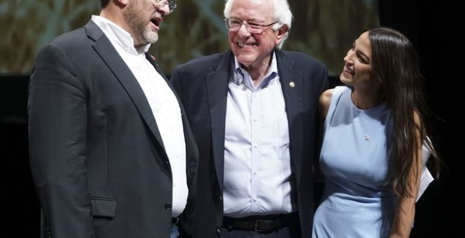 Bernie Sanders' Supporters Clinched A Big Win At DNC's Summer Meeting: Reining In Superdelegates
