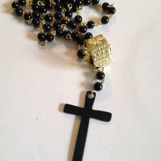 Black Cross and Pearls Halssmycke