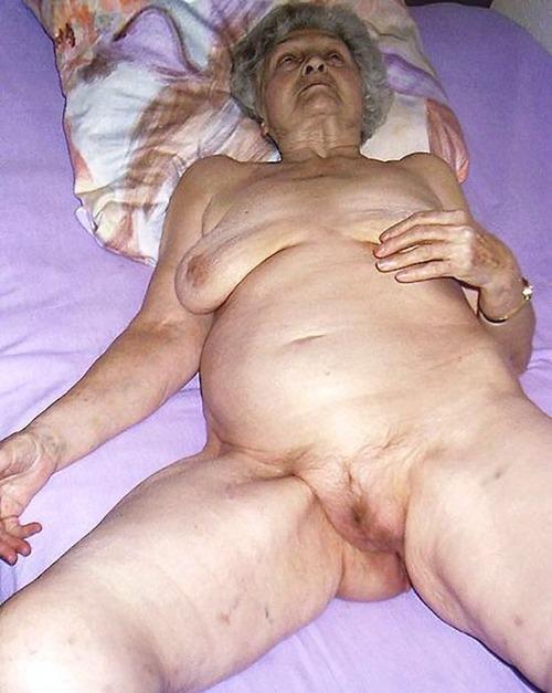 Wrinkled granny orgy