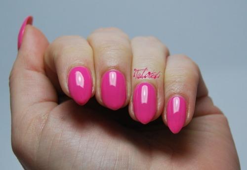 Rimmel 332 Baby Pink Nail Varnish