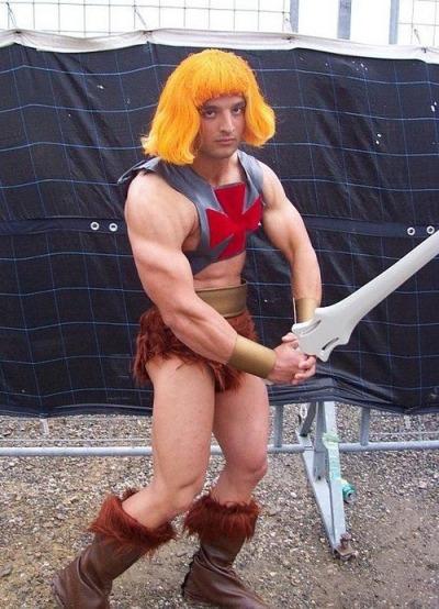 i cosplayer distruggeranno il mondo con il potere di Grayskull