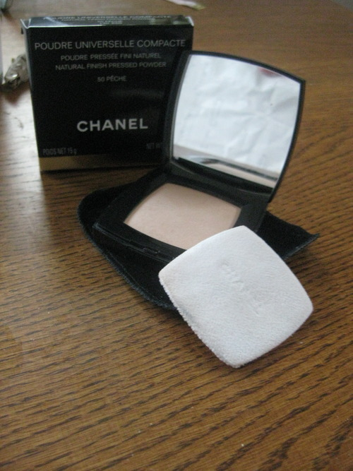 05c3a463e0680c FOR SALE: CHANEL Compact With Mirror.