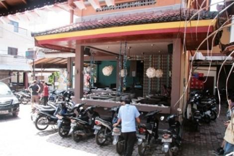 Resto avec wifi à côté du Suka Beach Inn, Kuta, Bali