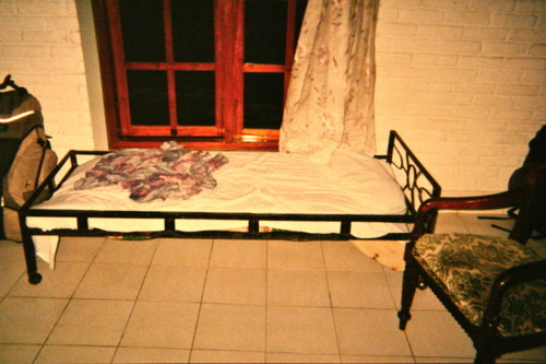 un lit d'aventurier