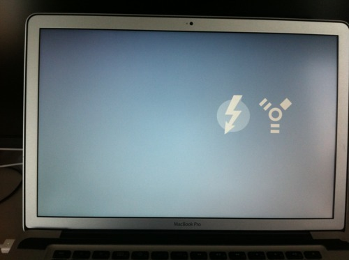 Target Disk Mode gets Thunderbolt icon, picky \u2013 Finer Things in Tech
