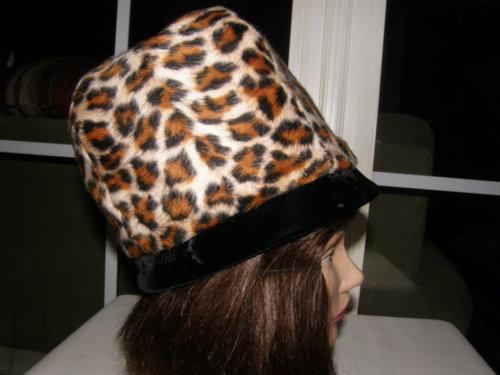 878653e51c39 Vintage 1960s so mod faux leopard fez from Nicholettes on etsy. $21.