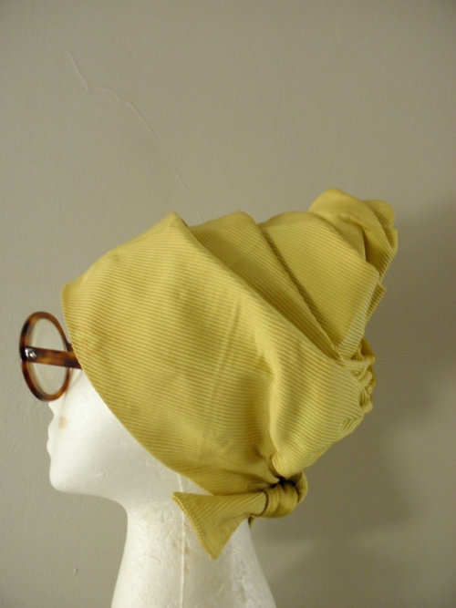 A Curated Collection of Vintage Turbans (1/6)