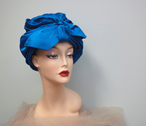 A Curated Collection of Vintage Turbans (4/6)