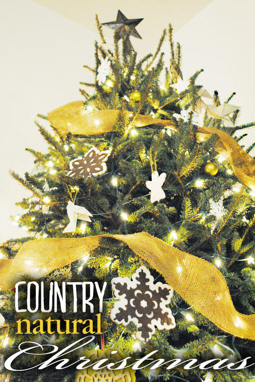 Country natural Christmas tree