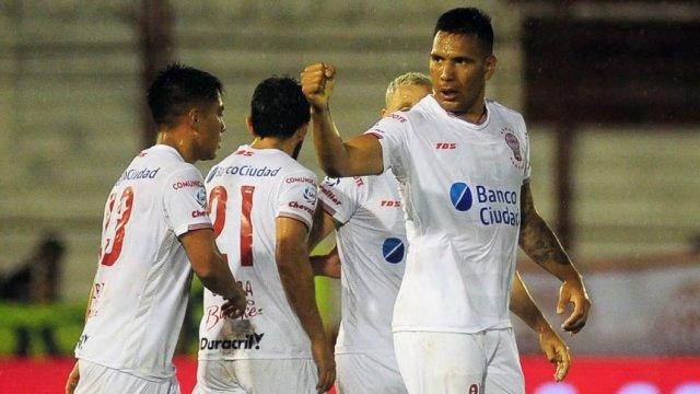 Chávez vuelve a la Bombonera  y avisó qué hará si mete un gol