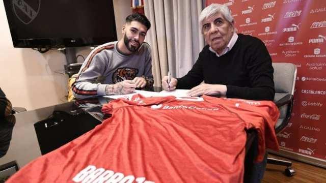Barboza firmó con Independiente