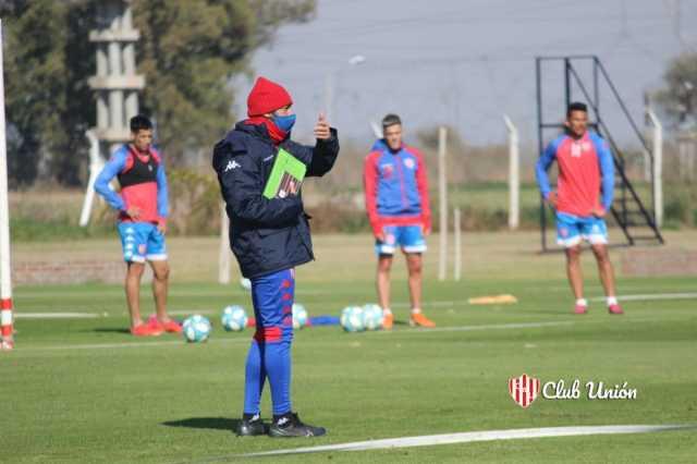 Unión: volvió a los trabajos con el Vasco Azconzábal - TyC Sports
