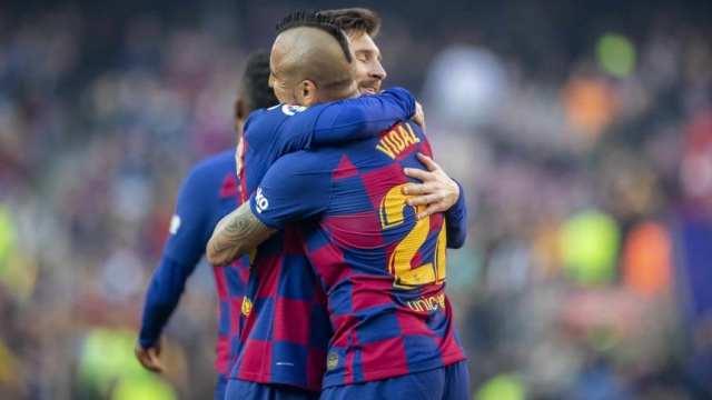 Messi despidió a Vidal, que se va de Barcelona a Inter: 'El vestuario te va a extrañar'