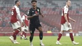With Martínez in goal, Aston Villa thrashed away Arsenal