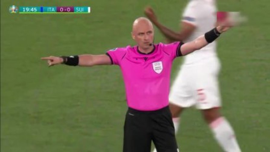 ITALY SWITZERLAND VAR CANCELS GOAL FROM CHIELLINI